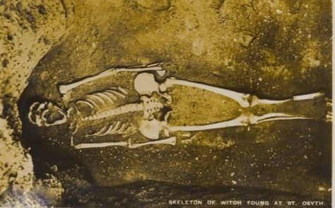 Skeleton of a St Oysth witch